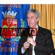 Prima uscita pubblica a Sperone dopo le elezioni provinciali per Cosimo Sibilia, eletto pochi giorni fa segretario del Consiglio di Presidenza del Senato. Il senatore, intervenuto alla presentazione del nuovo...