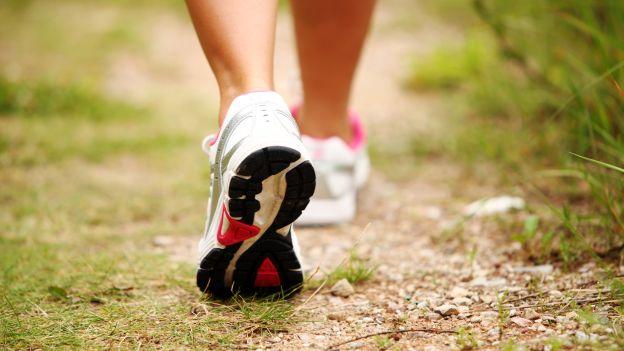 camminare-attivita-fisica